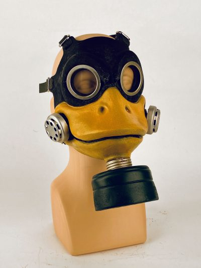 Duck - gas mask