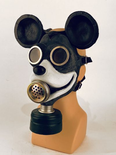 Mouse gas mask, 3/4 view